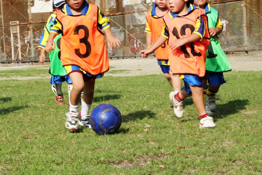 子どもサッカーイメージ